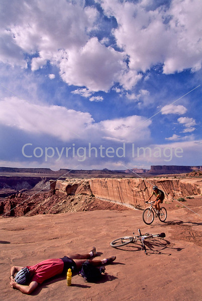 Mountain biker(s) on White Rim Trail - 408 - 72 ppi