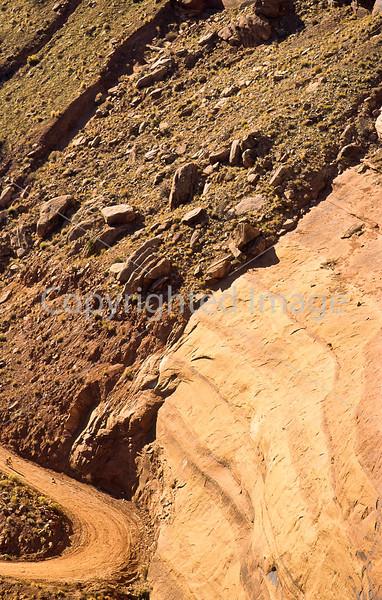 Mountain biker(s) on White Rim Trail - 236 - 72 ppi