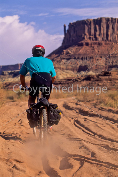 Mountain biker(s) on White Rim Trail - 391 - 72 ppi