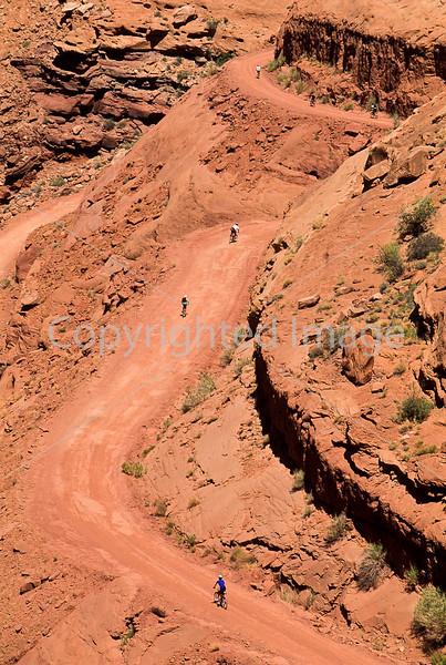 Mountain biker(s) on White Rim Trail - 197#2 - 72 ppi