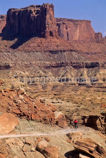 Mountain biker(s) on White Rim Trail - 428 - 72 ppi