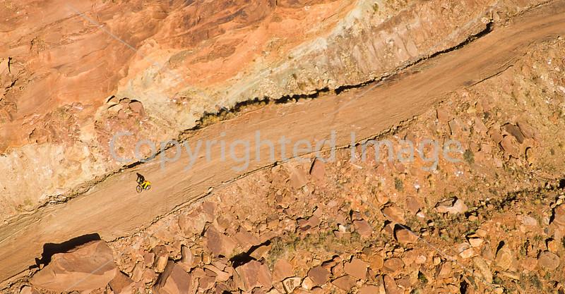 Mountain biker(s) on White Rim Trail - 249#2 - 72 ppi