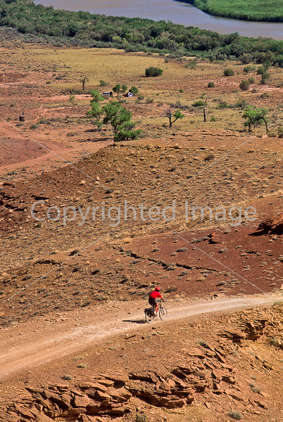 Mountain biker(s) on White Rim Trail - 330 - 72 ppi