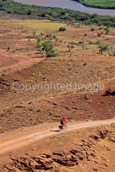 Mountain biker(s) on White Rim Trail - 330 - 72 ppi