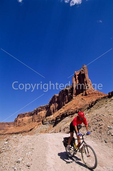 Mountain biker(s) on White Rim Trail - 436 - 72 ppi