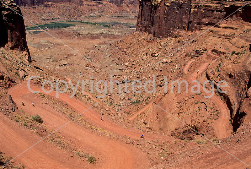 Mountain biker(s) on White Rim Trail - 342 - 72 ppi