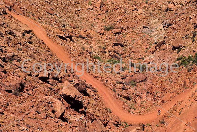 Mountain biker(s) on White Rim Trail - 250 - 72 ppi
