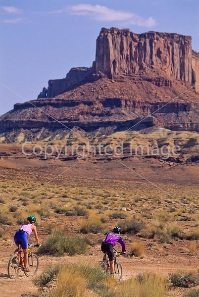 Mountain biker(s) on White Rim Trail - 298 - 72 ppi