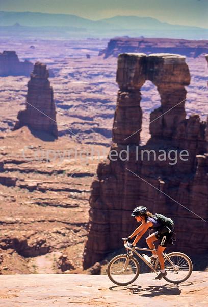 Mountain biker(s) on White Rim Trail - 404 - 72 ppi