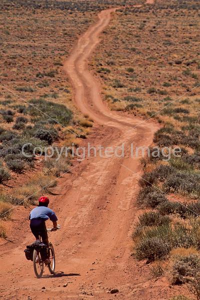 Mountain biker(s) on White Rim Trail - 426 - 72 ppi