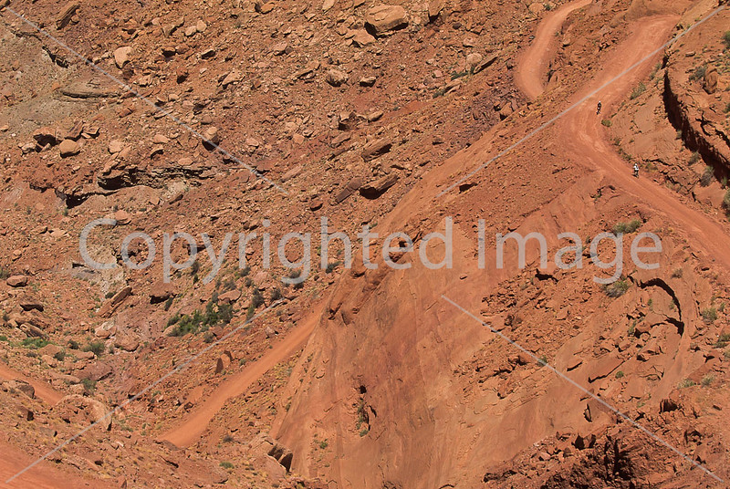 Mountain biker(s) on White Rim Trail - 145 - 72 ppi