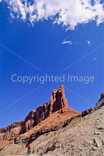 Mountain biker(s) on White Rim Trail - 435e - 72 ppi