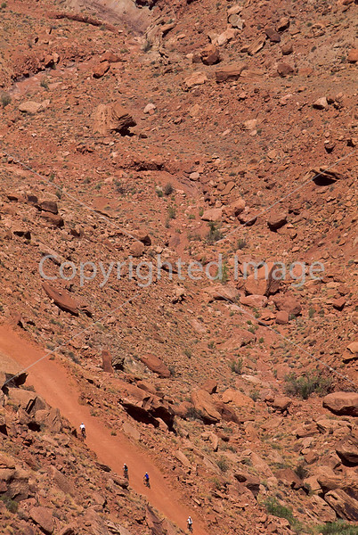 Mountain biker(s) on White Rim Trail - 346 - 72 ppi