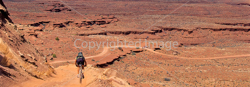Mountain biker(s) on White Rim Trail - 389#2- 72 ppi