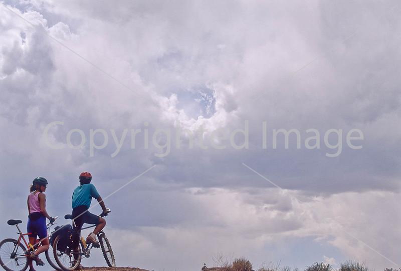 Mountain biker(s) on White Rim Trail - 201#2 - 72 ppi