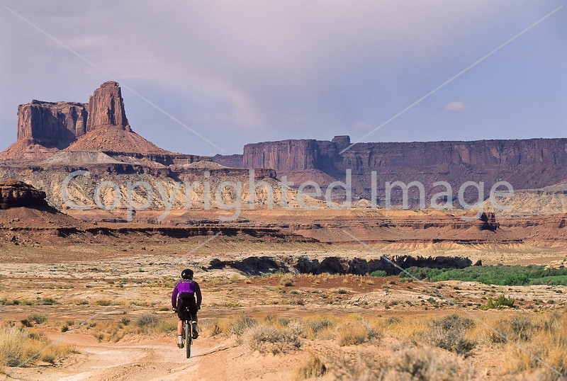 Mountain biker(s) on White Rim Trail - 266 - 72 ppi