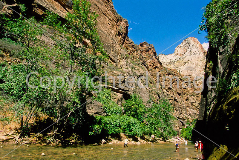 Hikers in Zion National Park, Utah - S11 - 249 - 72 ppi