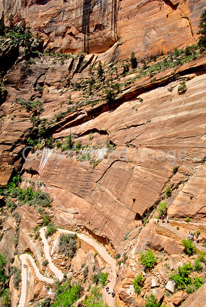 Hikers in Zion National Park, Utah - S11 - 255 - 72 ppi