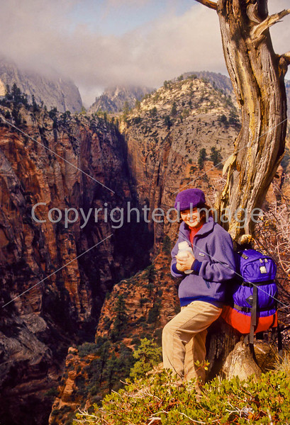 Hikers in Zion National Park, Utah - S11 - 246 - 72 ppi