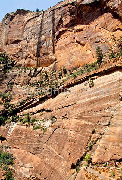Hikers in Zion National Park, Utah - S11 - 165 - 72 ppi