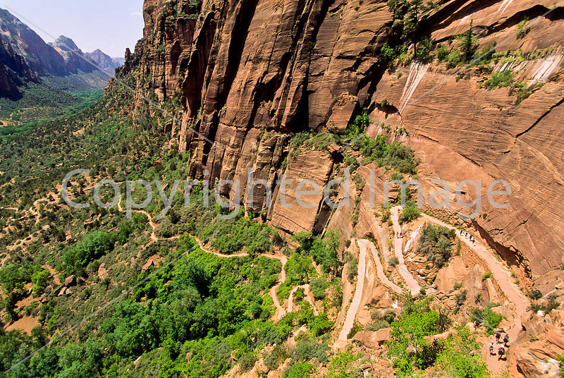 Hikers in Zion National Park, Utah - S11 - 39 - 72 ppi
