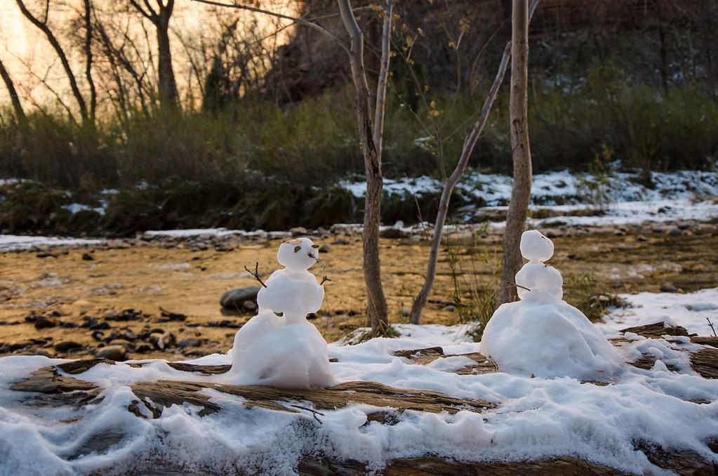 Snowmen in the Narrows