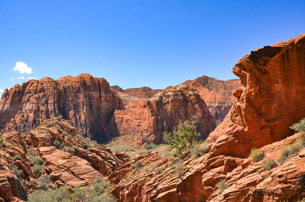 Hidden slot canyon view of Snow Canyon