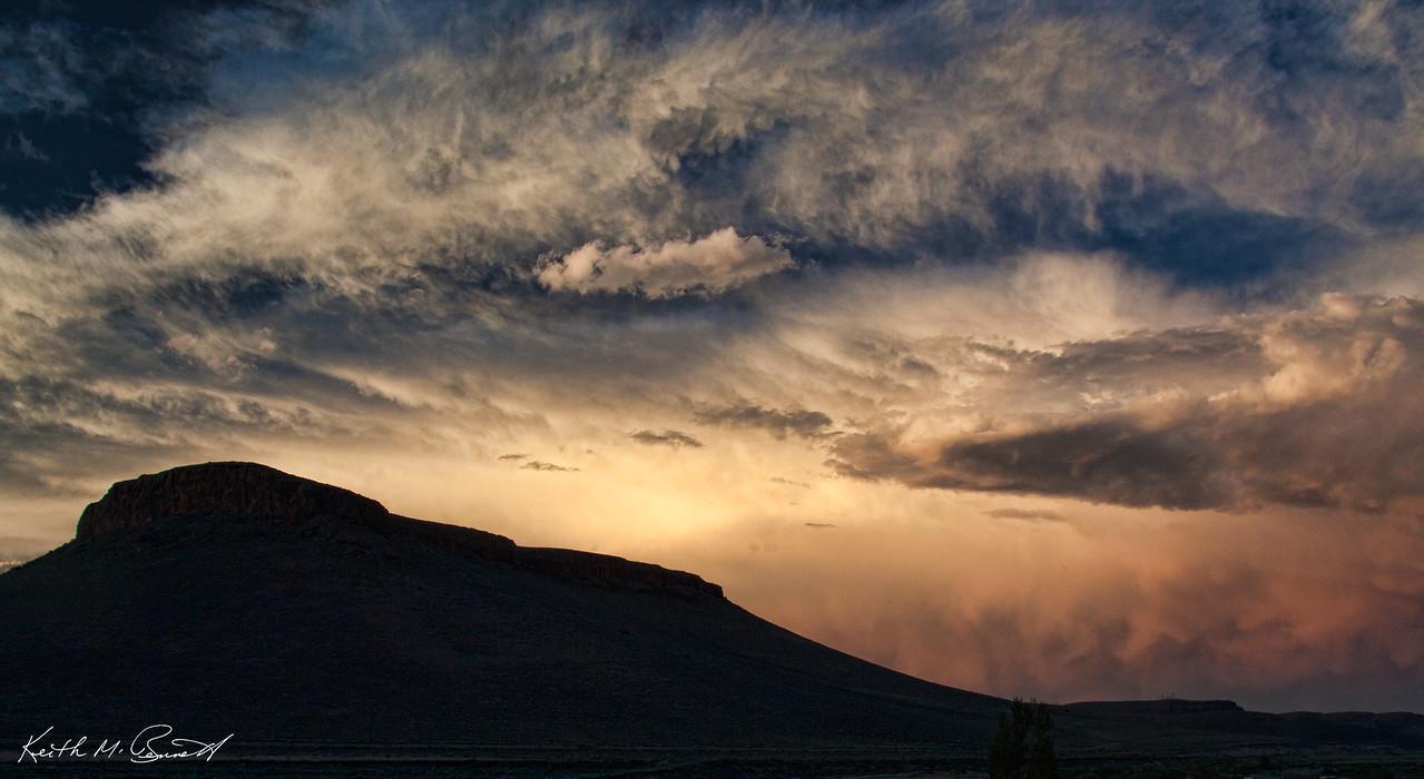 Extraordinary sunset in Colorado (Blue Mesa Resv)