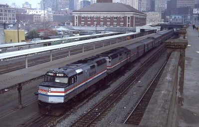 Amtrak-370_Seattle-Washington_Nov-27-1987_Don-Strack-photo