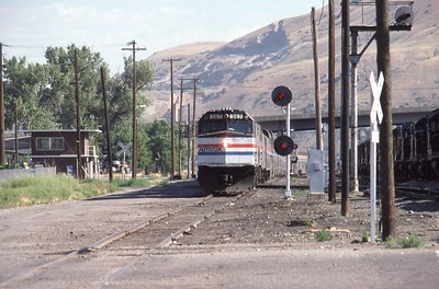 Amtrak-367-CZ-Salt-Lake-City-33_passing-Grant-Tower_July-26-1983_Don-Strack-photo