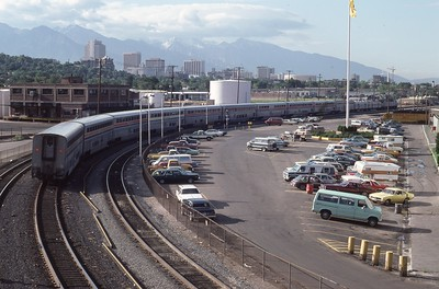 Amtrak-367-CZ-Salt-Lake-City-04_passing-UP-shops_July-26-1983_Don-Strack-photo