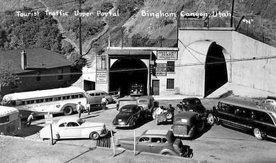 PC_Bingham_Copperfield-Tunnel-Upper-Portal_buses