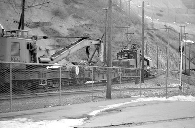 Kennecott_Bingham-mine-railroad_Gordon-Cardall-photo