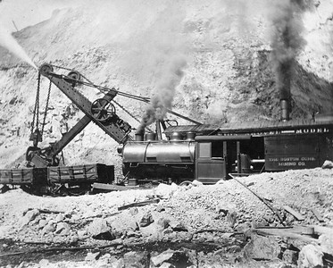 Boston-Consolidated_locomotive-and -shovel