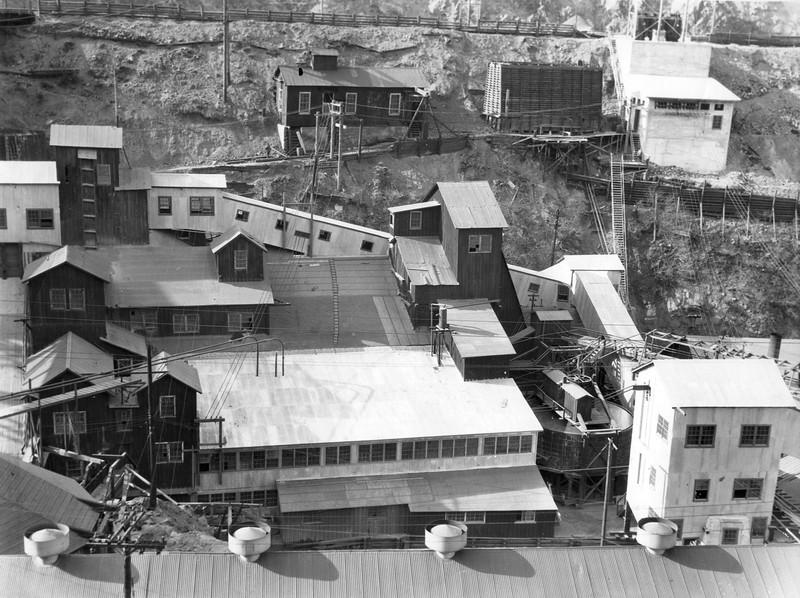 Bingham_Utah-Apex-mill_Carr-Fork_ca-1946