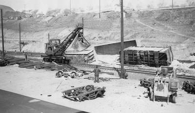 Copperton-derailment-cleanup_steve-richardson-collection