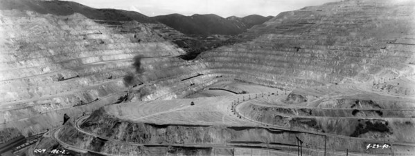 bingham-pit_looking-south_ucm-186_april-1940_panorama