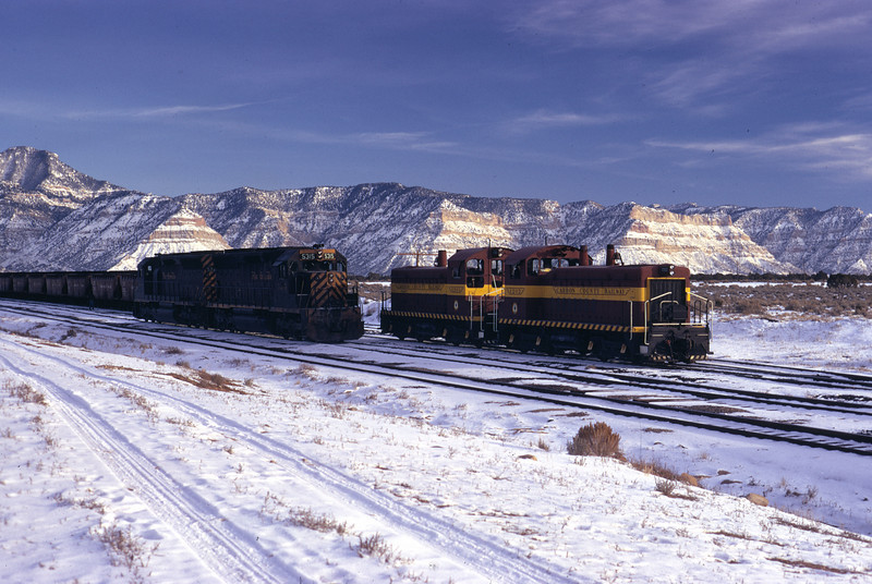 Carbon County meeting D&RGW at Columbia Junction, December 1972. (Don Strack Photo)