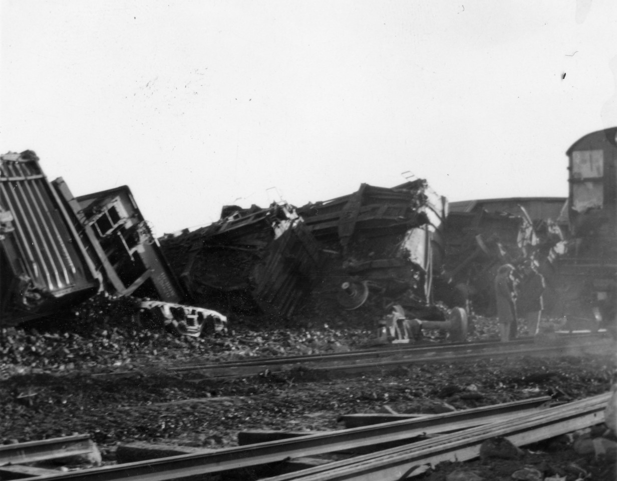 Wreck at Columbia Junction. (Bill Shaff Collection)