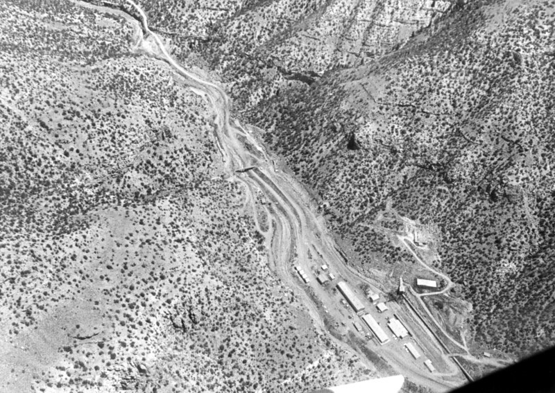 Geneva mine surface buildings. (Don Butler Collection)