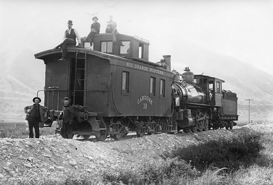 RGW_2-8-0_118-with-caboose-32