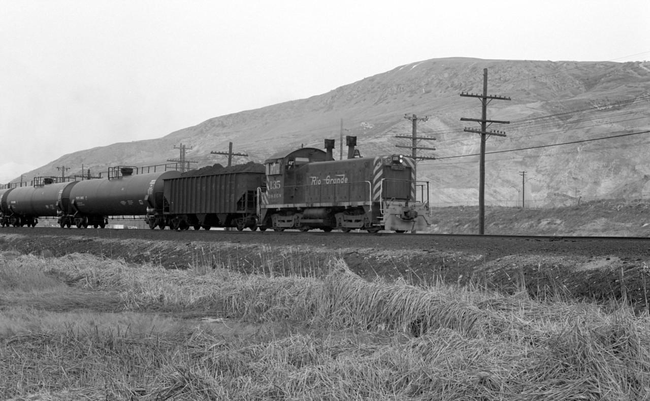 D&RGW North Salt Lake Local, Becks, 1982. (Don Strack Photo)