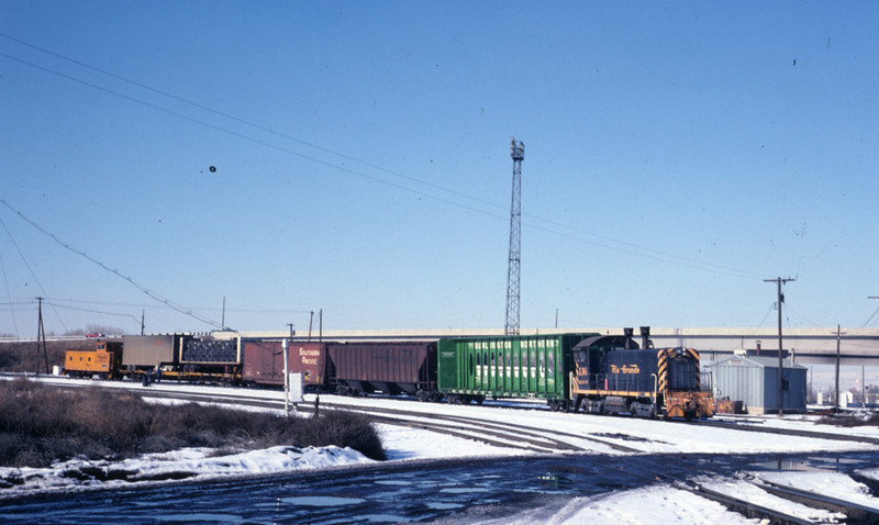 D&RGW moving interchange cars to SP yard. February 1978.  (Warren Johnson Photo)