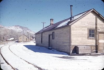 vic_drgw-eureka-depot-2_25-nov-1955