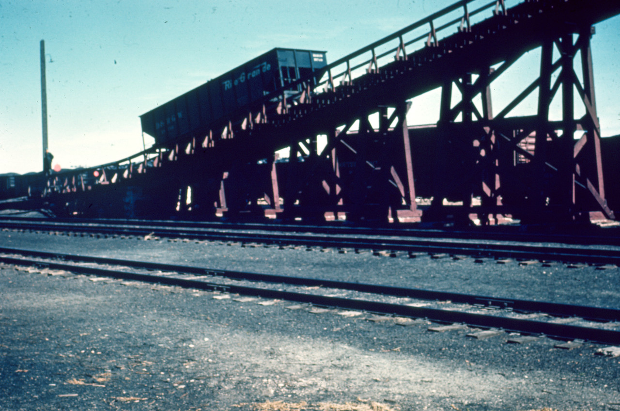 up_cache-junction_removing-coal-ramp_d_jun-1965_dave-england-photo