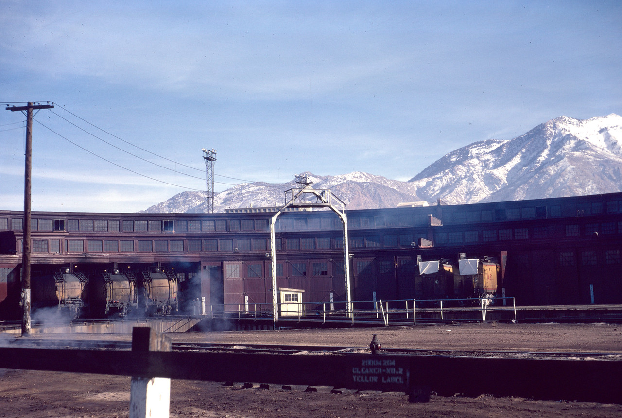 up_ogden-roundhouse_jan-1967_dave-england-photo