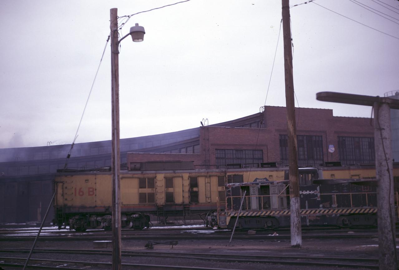 up_ogden-roundhouse_slide02_apr-1971_dave-england-photo