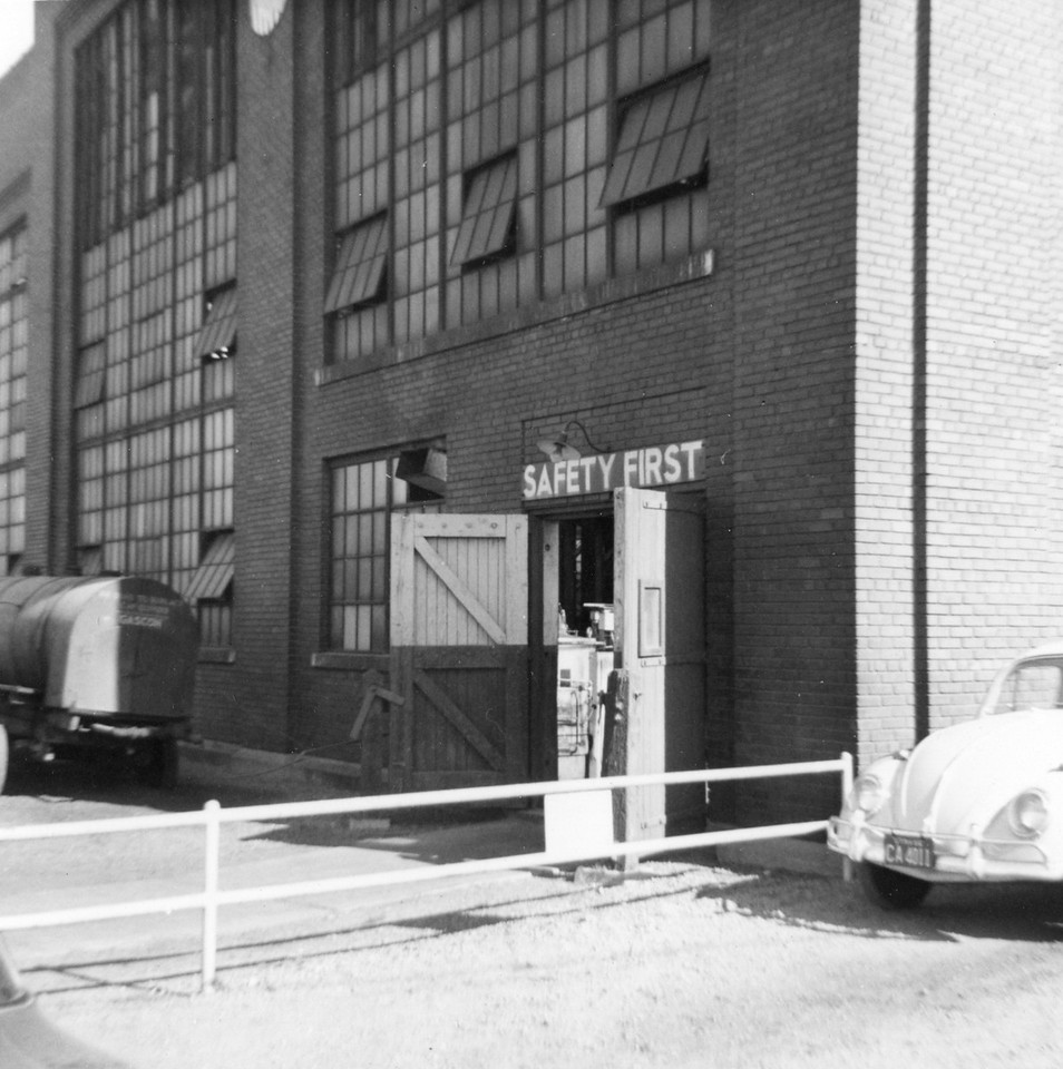 up_ogden-roundhouse_oct-1964_004_dave-england-photo