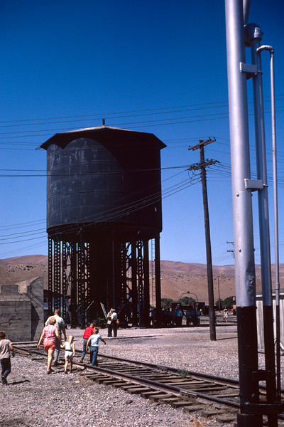up_caliente-nev-water-tank_aug-1968_dave-england-photo
