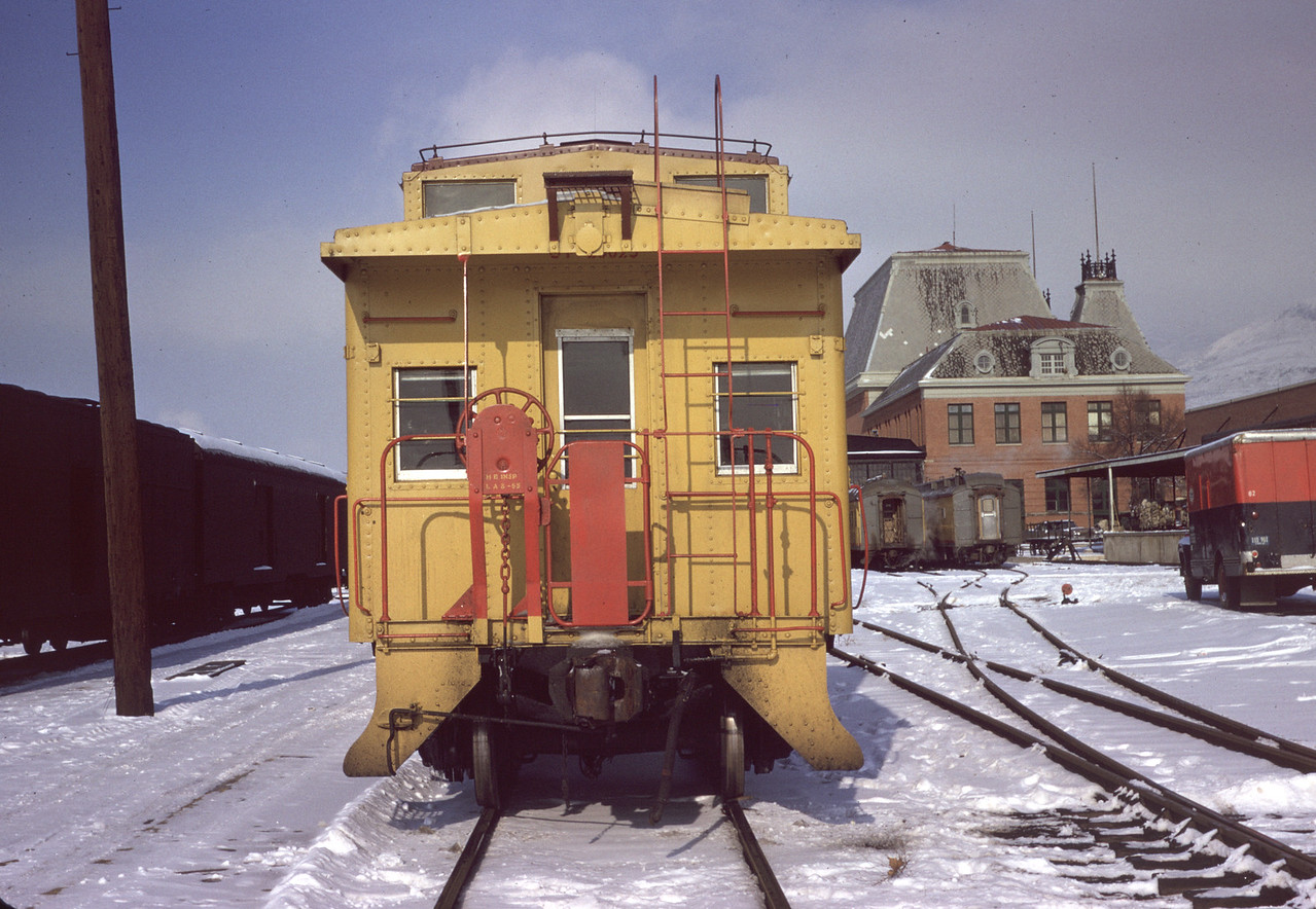 up_salt-lake-depot_caboose_no-date_dave-england-photo